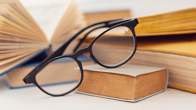 Prescription vs Non-Prescription Reading Glasses