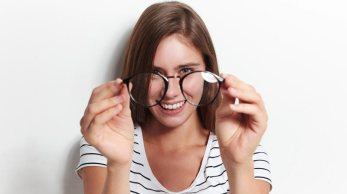 Is it time to buy glasses? 7 signs you shouldn't ignore