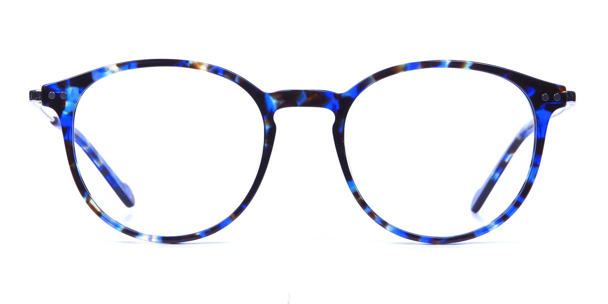 Ocean Blue Tortoise Glasses in Round 2020 trends