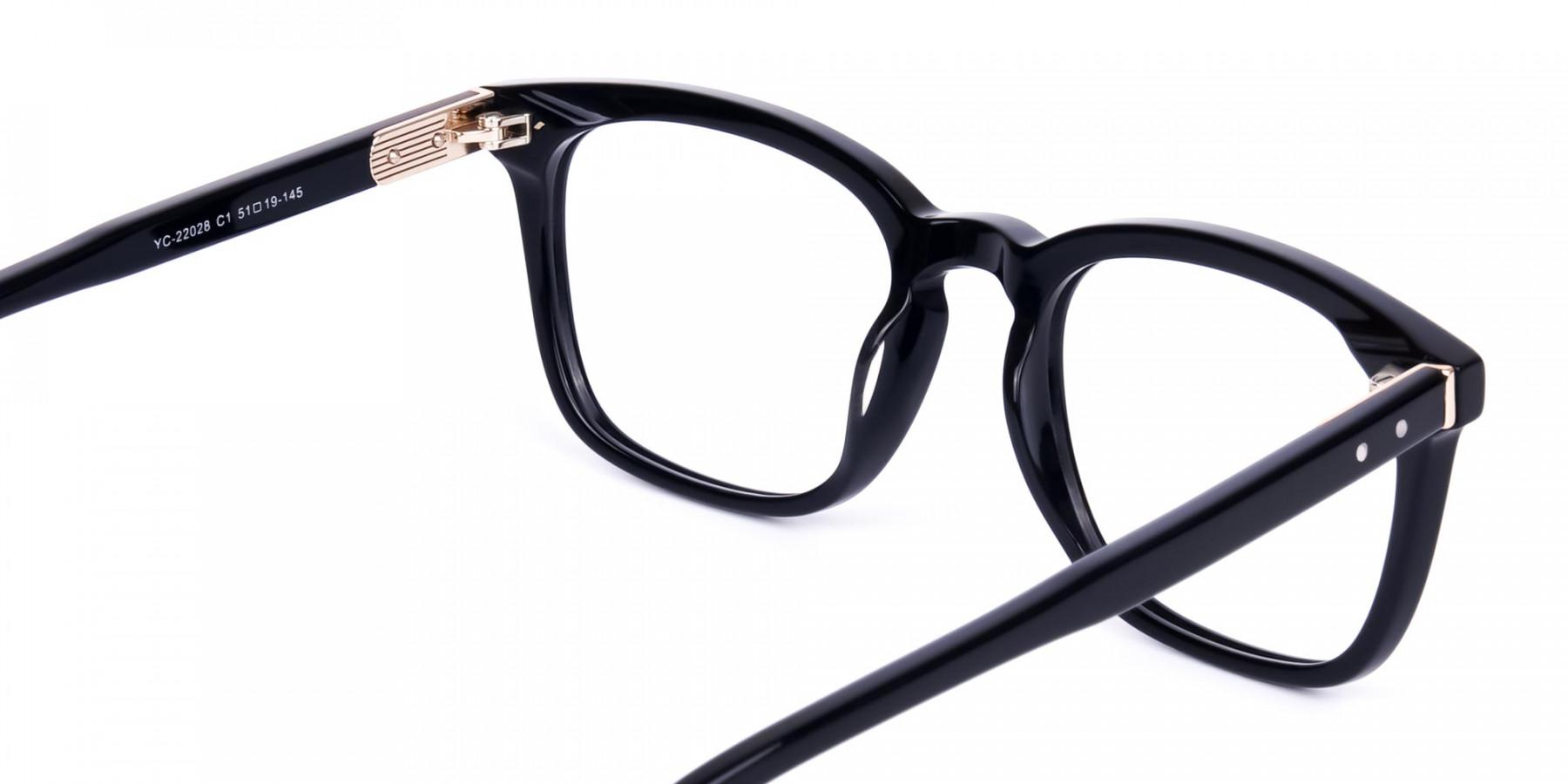 Stylish-Black-Wayfarer-Glasses-1