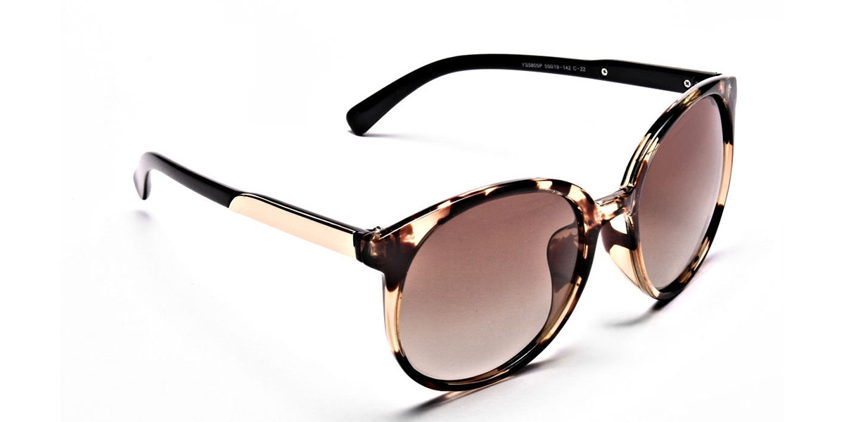 Oversized Rectangular Sunglasses in Tortoiseshell - 2