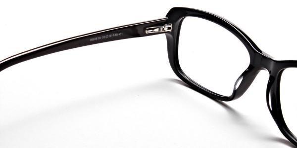 Black Glasses -4