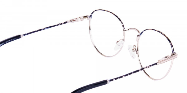 Silver-and-Marble-Tortoise-Shell-Round-Glasses-5