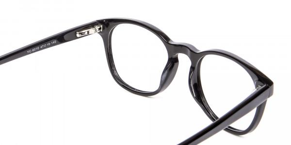 Round Shape Glasses in Black- 5