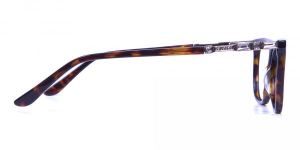 Tortoiseshell Glasses of Personality Look - 3