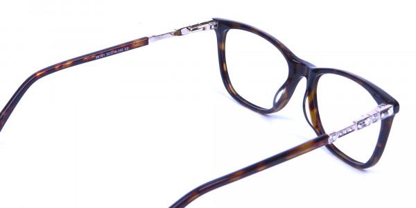 Tortoiseshell Glasses of Personality Look - 4