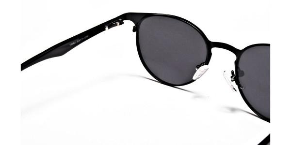 Black Retro Round Sunglasses - 4