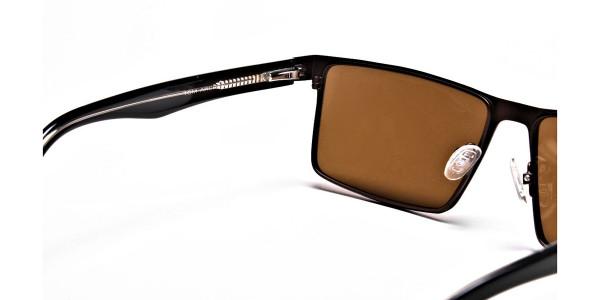 Classic Sunglasses in Wayfarer - 4