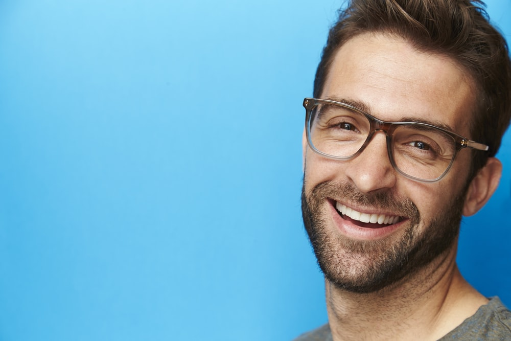 A window to Men's Eyeglasses trends for summer 2018