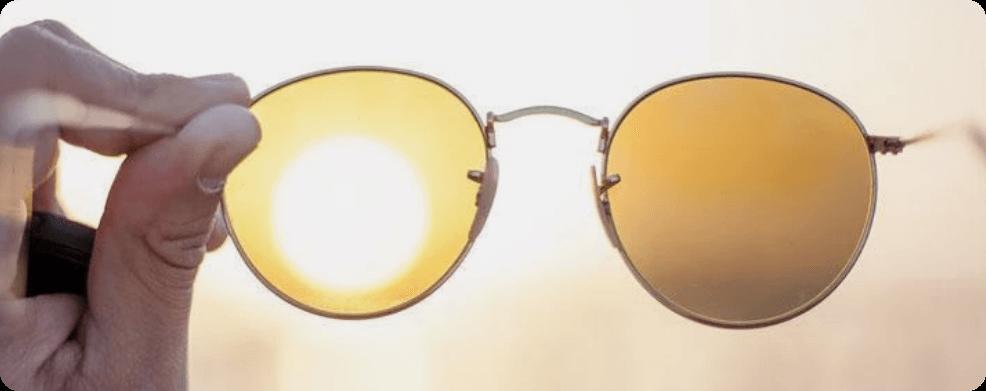 Anti‐UV lenses at Specscart®