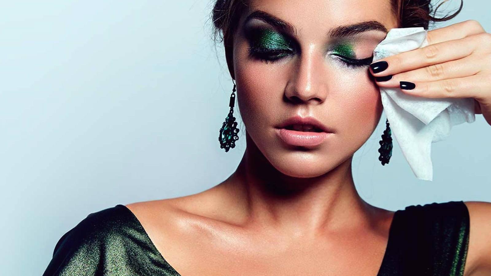 remove eye makeup naturally.