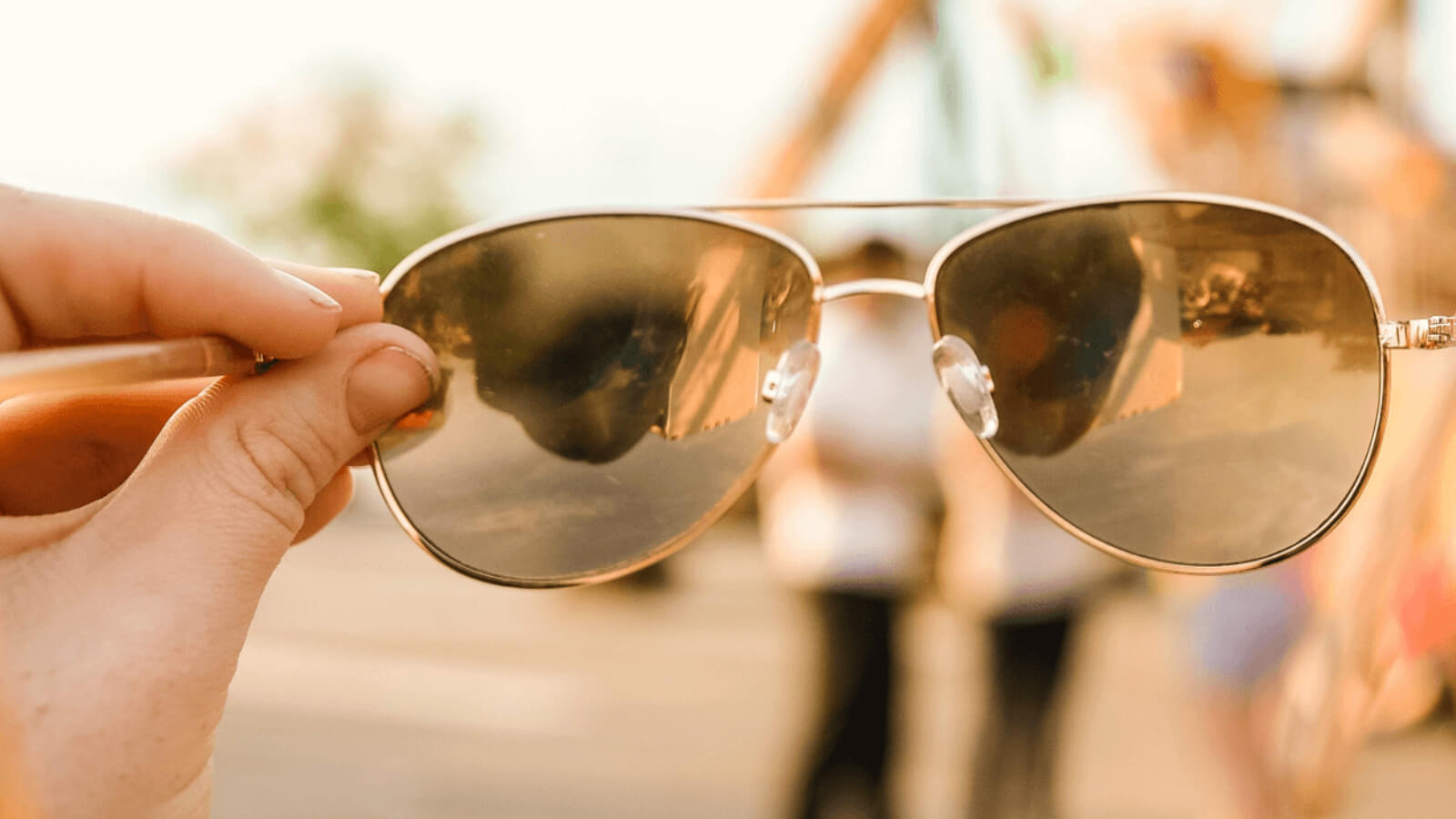 How can you tell if sunglasses are UV protected